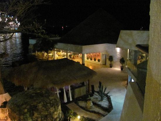 El Cid La Ceiba Beach Hotel: View from our balcony at night -- beautiful!