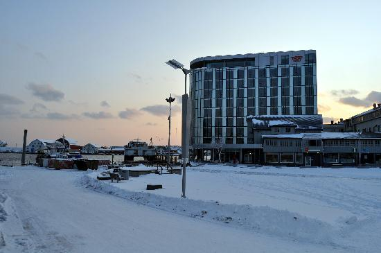 Thon Hotel Lofoten: vue hotel