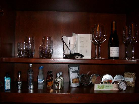 Fairmont Grand Del Mar : Private bar snacks