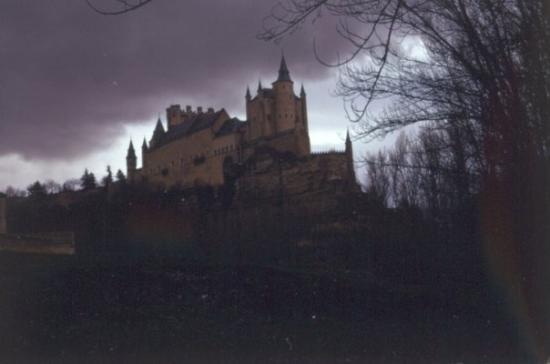 Alcazar de Segovia: The Alcazar Castle, once home to King Ferdinand and Queen Isabella of Spain.