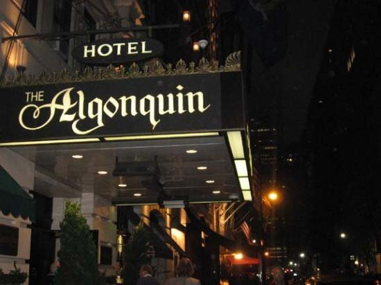 The Algonquin Hotel Times Square, Autograph Collection : After the play we went to the Algonquin to drink where the greats used to drink