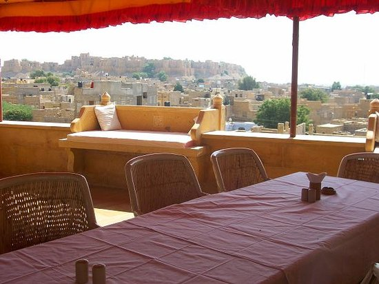 Hotel Lalgarh Fort & Palace : roof top