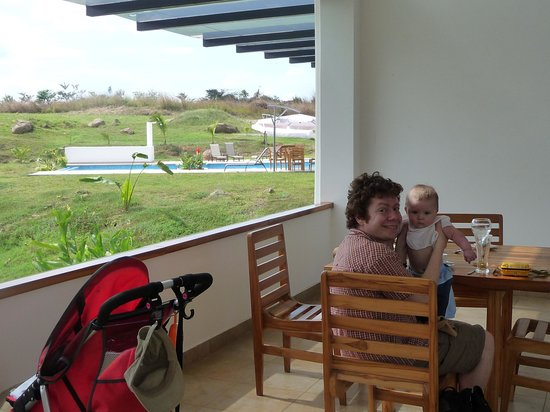 Hotel Vista Lago Ecoresort: my family...