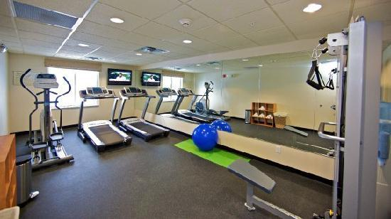 Holiday Inn Express & Suites Rogers: Fitness Room