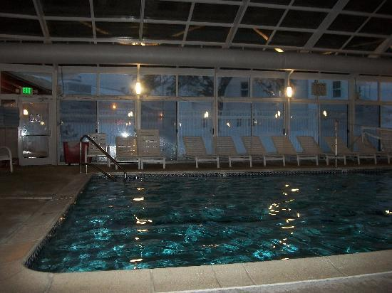 North East, MD: enclosed sports pool (lots of snow outside)
