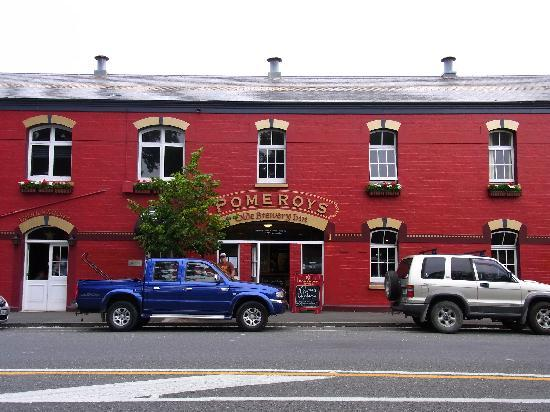 Pomeroy's on Kilmore: The pub