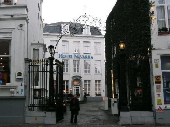 Hotel Navarra Brugge: Main Entrance