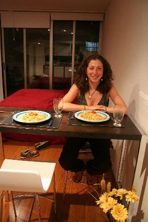 Cabello Square: q buena la pasta argentina (y si lo dice un italiano..)