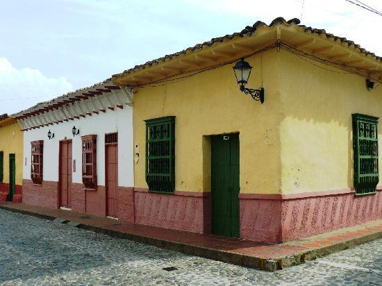 Santa Fe de Antioquia, Colombia: Calle típica