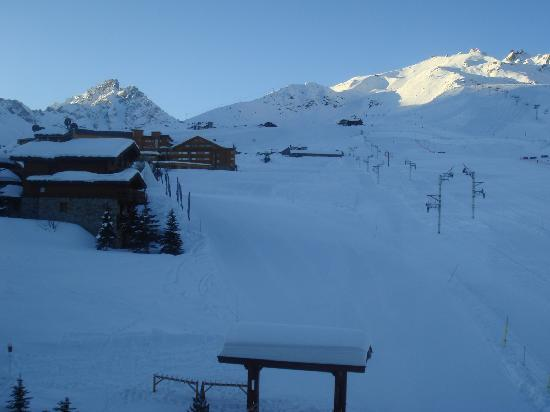 Alpes Hotel du Pralong: Morning in Courchevel, Room view