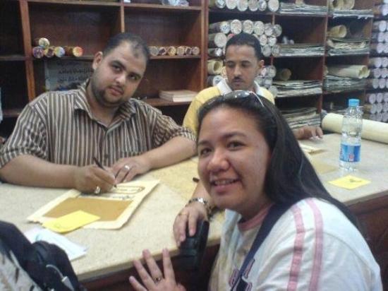 Papyrus  Shop: hoist, tarongag gama akong order -- lifa pud og pa-picture ning papyrus-maker