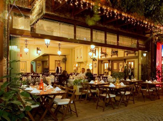 Pasazade Restaurant Ottoman Cuisine: outdoor view