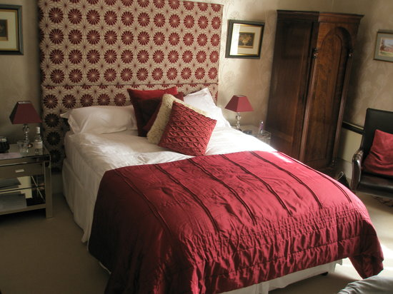 Satis House Hotel: one of the bedrooms