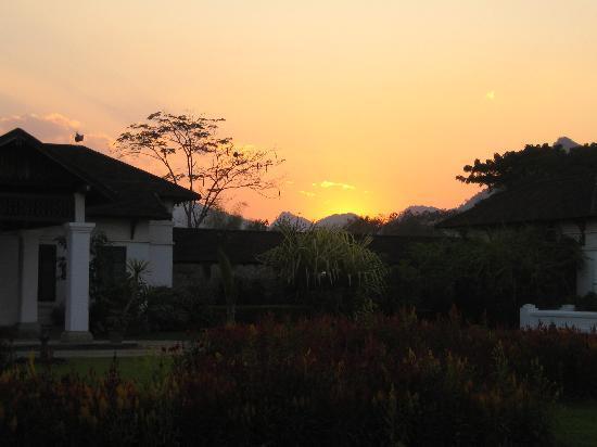Villa Nam Song Vang Vieng : Sunset at Villa Nam Song