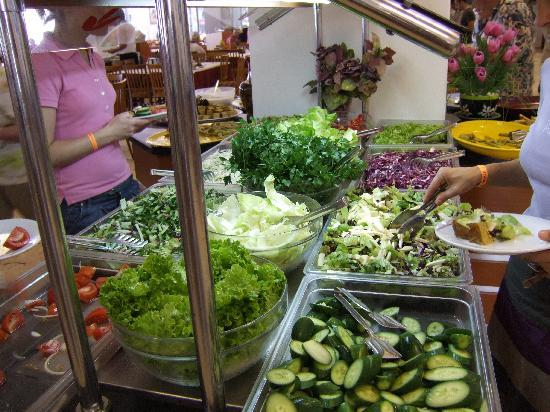 Grand Efe Hotel: Teh salads in teh restaurant