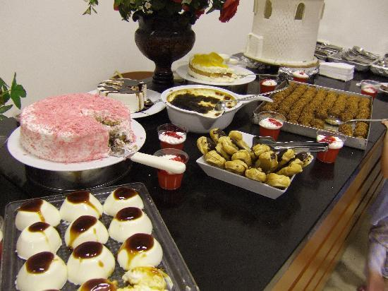Grand Efe Hotel : Different sweets...