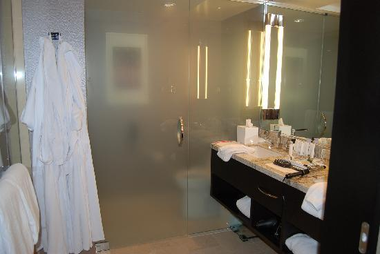 Bathroom Vanity - Picture of ARIA Resort & Casino, Las ...