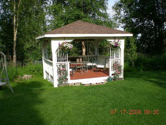 ‪‪Highland Glen Lodge‬: Gazebo‬