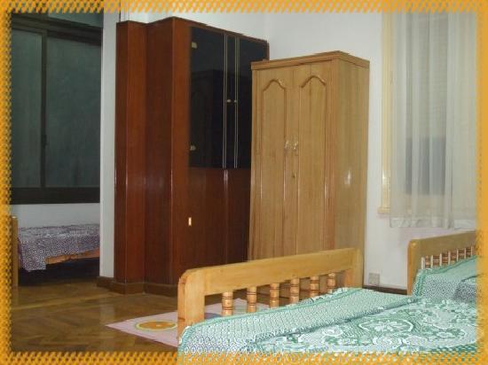 Jasmine Hotel: Triple room