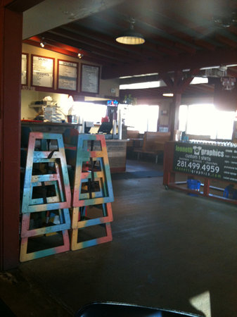 Live Oak Grill: entry/order area