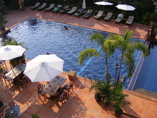 Royal Empire Hotel : Terrific pool