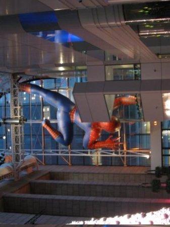 Sony Wonder Technology Lab : NYC Trip, December 2009 Sony Wonder Lab, Spiderman Balloon
