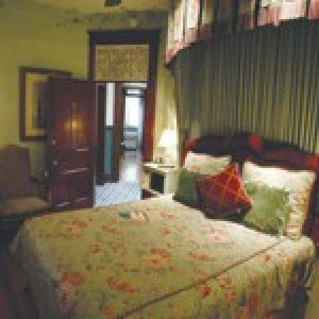 The Peerless Hotel: Guest Room #5