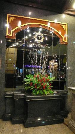The Tawana Bangkok: Eingang