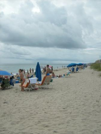 Jensen Beach, FL: The other end of the beach