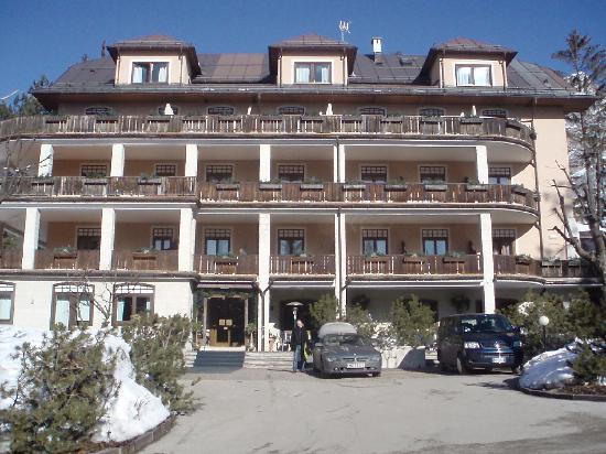 Boutique hotel villa blu cortina updated 2017 reviews price comparison italy veneto - Cortina boutique ...