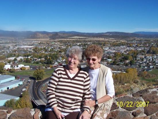 Evonne and I at the Prineville overlook