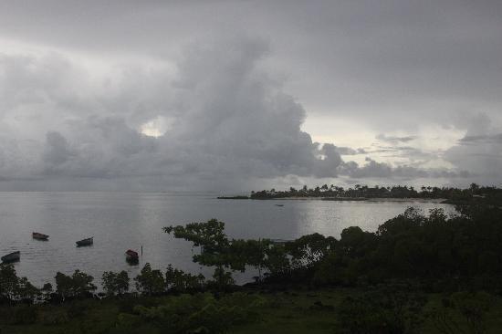 Anahita Golf & Spa Resort: bBick in die Lagune