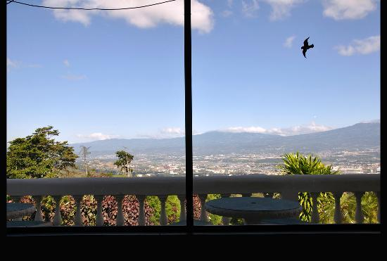 Hotel Mirador Pico Blanco: Valley View