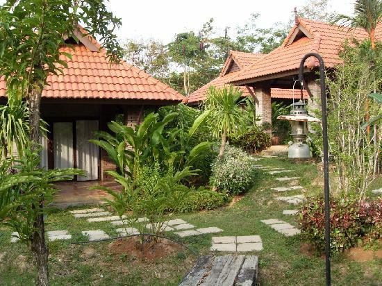 Chaw Ka Cher Tropicana Lanta Resort: resort