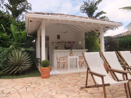 Vivenda Paraty: The poolbar
