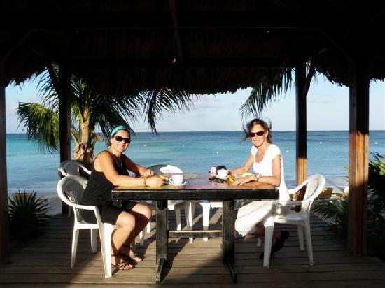 Mayan Princess Beach & Dive Resort: Best Table at Mayan Princess