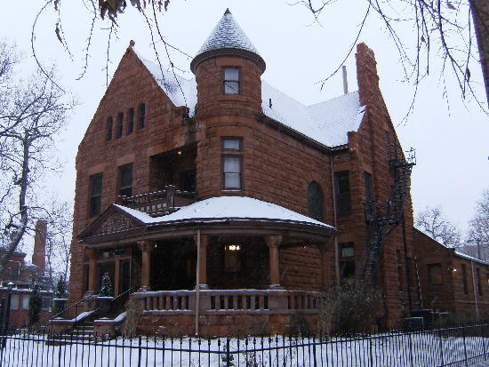 Capitol Hill Mansion Bed & Breakfast Inn: Home for a day or two