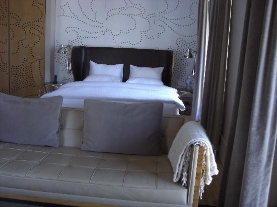 Witt Istanbul Suites: SALON DE LA CHAMBRE