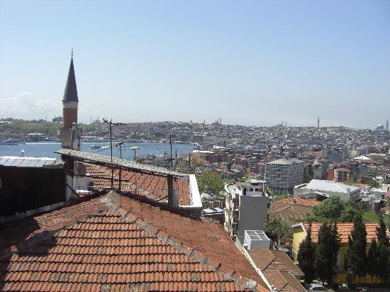 Witt Istanbul Suites: VUE DE NOTRE CHAMBRE