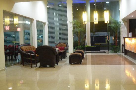 Hotel Marlon: Lobby