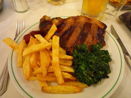 El Establo Parrilla : Steak Fries and galicy spinach