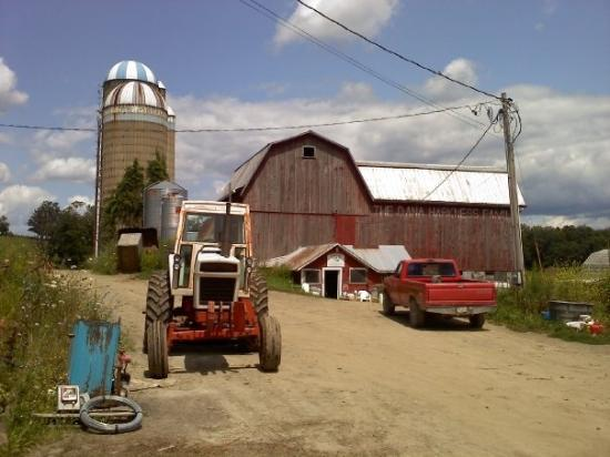 Gillett, PA: family farm