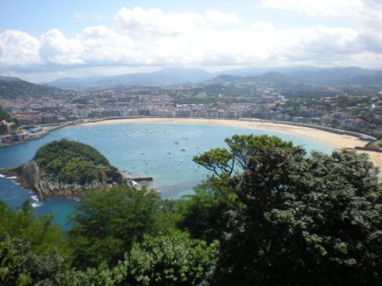 La Concha Beach: Die Küste von San Sebastián!! so schööön:D