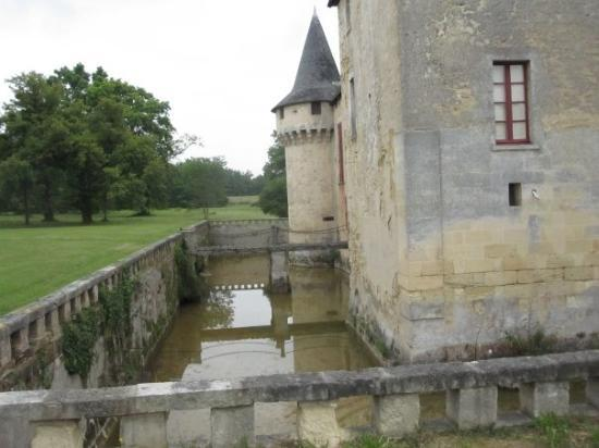 Chateau olivier picture of bordeaux gironde tripadvisor for Chateau olivier