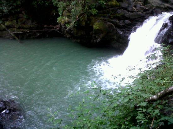 วิลลาร์ริกา, ชิลี: Laguna Azul.