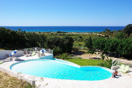 Belgodere, Frankrike: piscine de la residence
