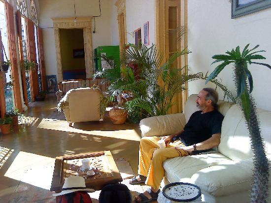 Hostal Zocalo: common lounge areas