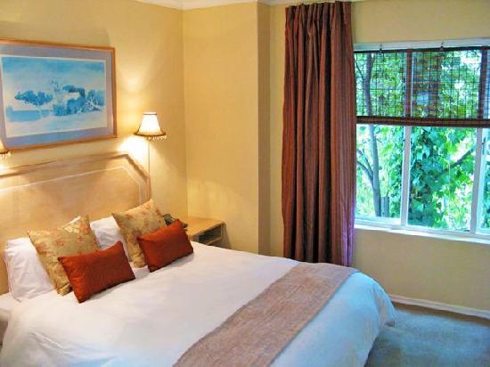 Glenalmond Hotel Sandton: Bedroom