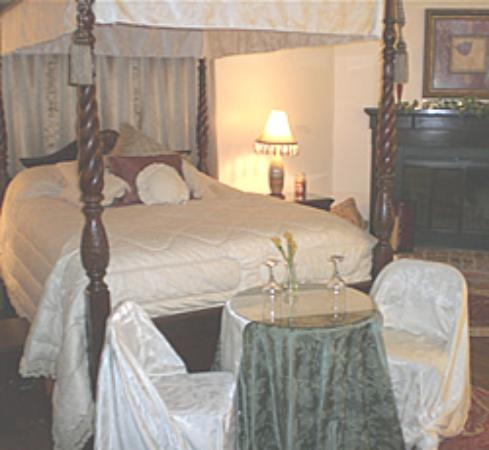 Photo of Southern Comfort Manor Bed & Breakfast Ruskin
