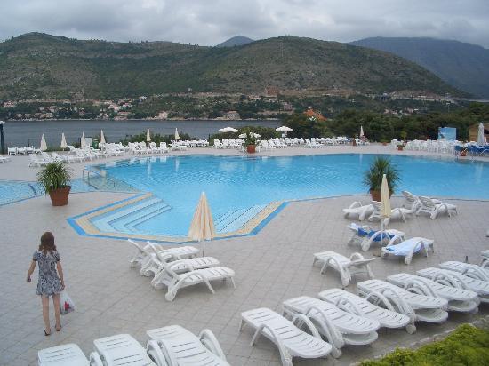 Piscine photo de valamar club dubrovnik dubrovnik for Piscine club piscine